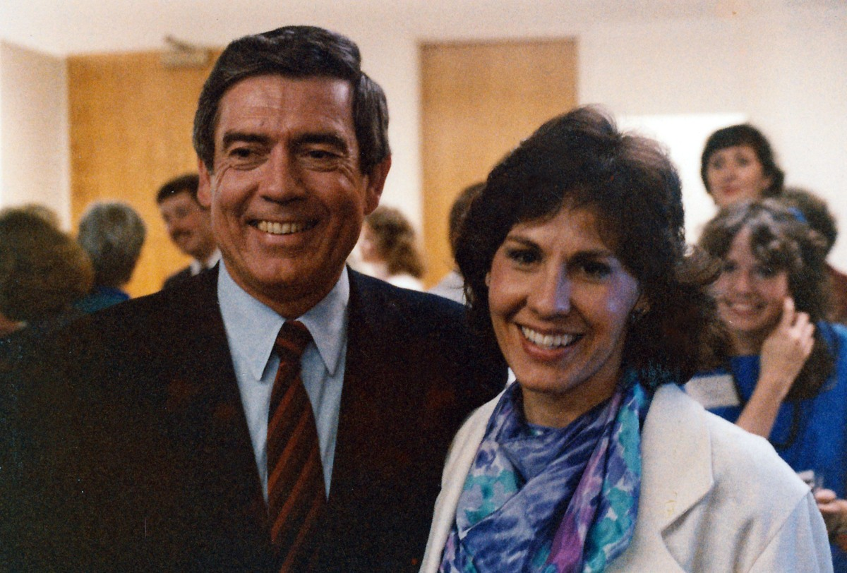 I'm with CBS anchor Dan Rather, in the latest 1980s fashion (!) (Seattle, 1985)