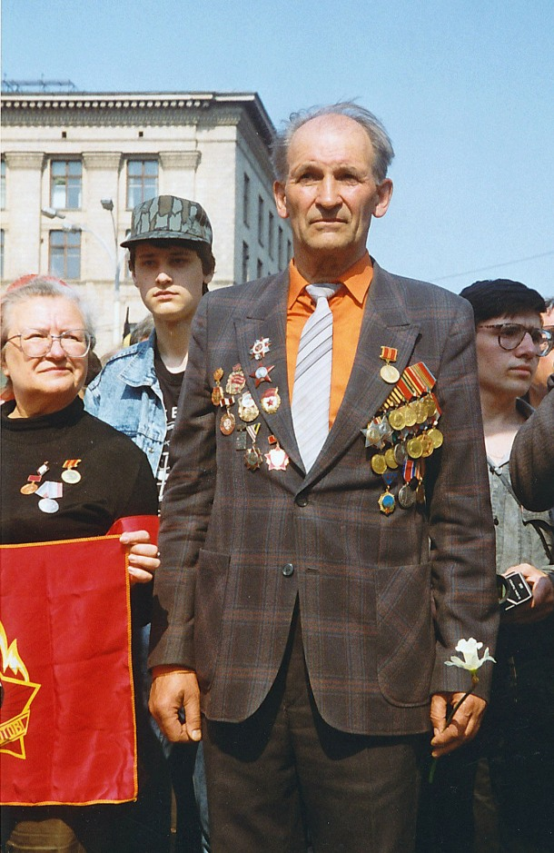Soviet veteran at pro-communist demonstration (Moscow, Russia)
