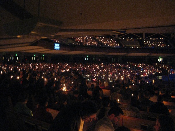 Thousands gather for Christmas Eve services a day before Christmas Eve. <br>(Brookfield, Wisconsin, December 23, 2014)